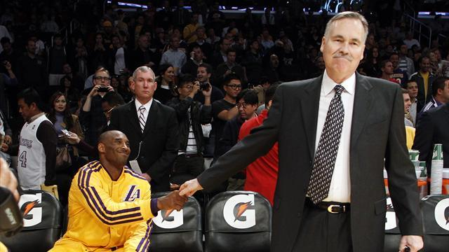 Basketball - LA Lakers coach Mike D'Antoni resigns