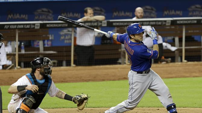 D'Arnaud's RBI double lifts Mets over Marlins 4-3
