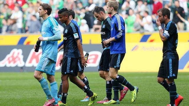 Bundesliga - Hamburg in relegation zone after Gladbach defeat