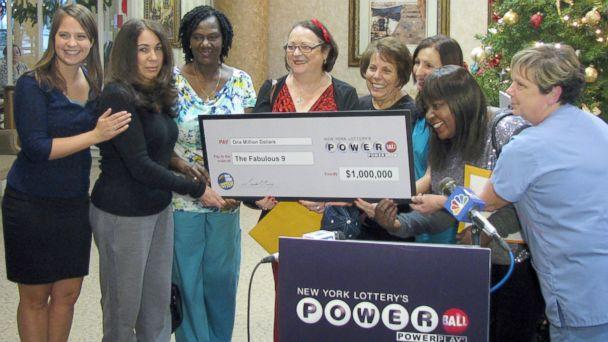 Lotto-Winning Coworkers' Advice for $400 Million Mega Millions Jackpot