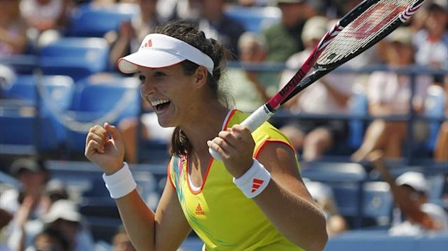 Laura Robson of Britain celebrates match point against Li Na of China during their women's singles match at the U.S. Open tennis tournament in New York August 31, 2012 (Reuters)