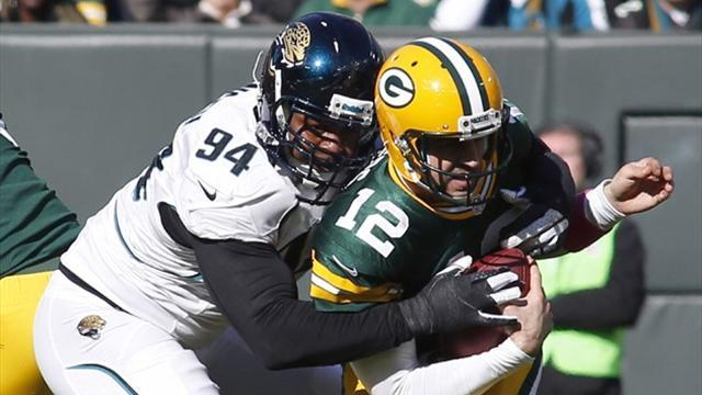 American Football - Rodgers' improvement noted by Packers coach