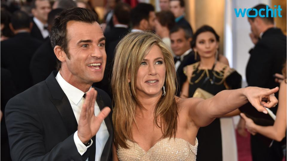 """Jennifer Aniston Recalls Seeing Justin Theroux for the First Time """"Made Her Sweat"""""""