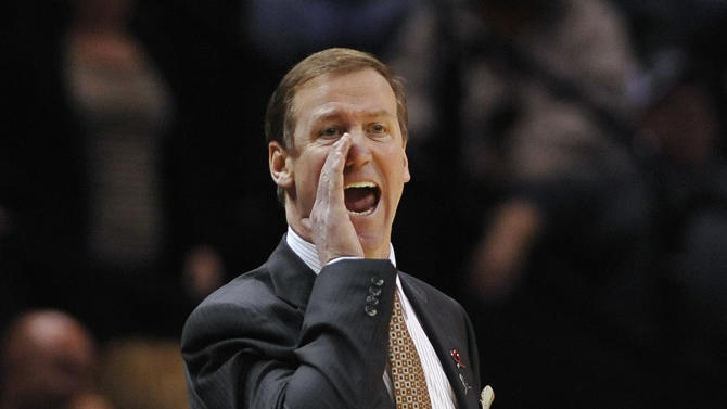 Portland Trail Blazers coach Terry Stotts yells to his players during the first half of an NBA basketball game against the San Antonio Spurs on Wednesday, March 12, 2014, in San Antonio. San Antonio won 103-90