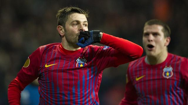 European Football - Steaua close in on first Romanian title in seven years