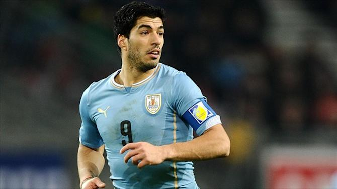 Premier League - Suarez keen to be role model