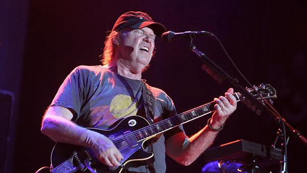 Neil Young and Crazy Horse to Perform at Sandy Benefit