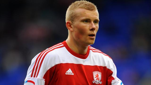 Middlesbrough's Main out for four months