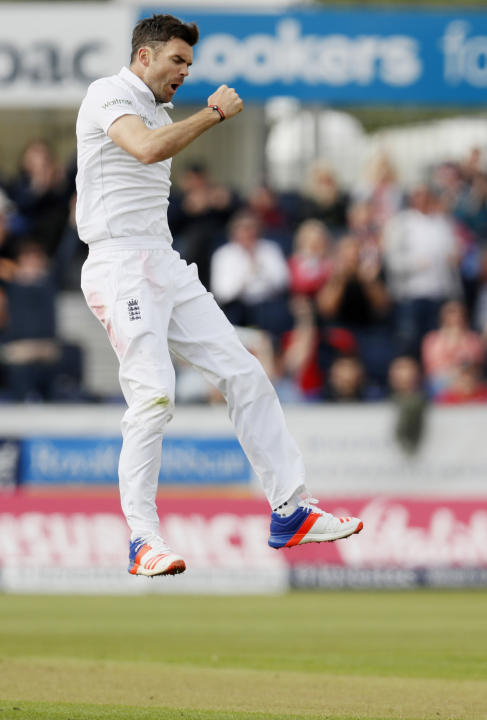 England's James Anderson celebrates taking the wicket of Sri Lanka's Angelo Mathews