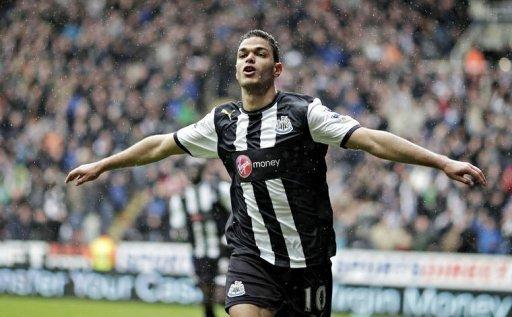 Newcastle United's Hatem Ben Arfa celebrates scoring