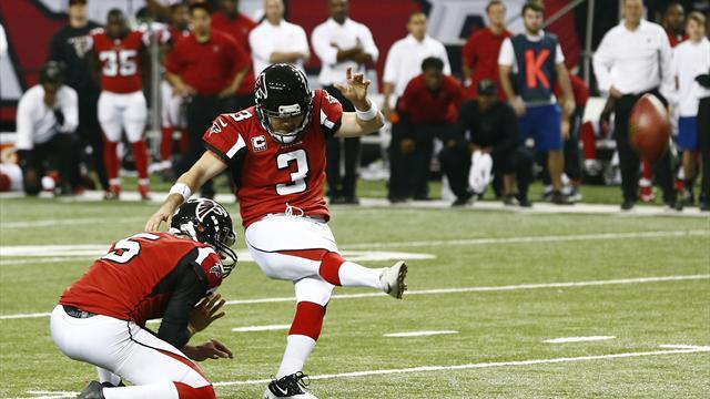 American Football - Bryant's last-minute field goal lifts Falcons past Seahawks
