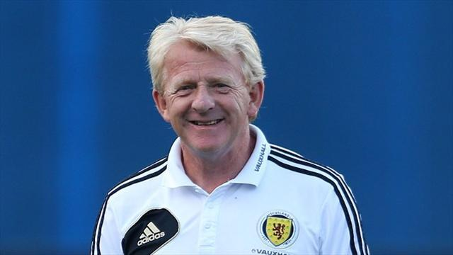 Football - Strachan backs rivalry revival