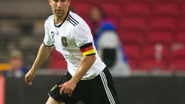European Football - Hitzlsperger: Friends told me not to 'come out' while playing