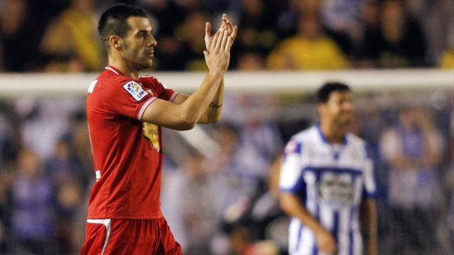 Premier League - Everton eye Negredo