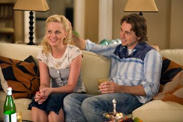 Amy Poehler and Dax Shepard in Universal Pictures' Baby Mama