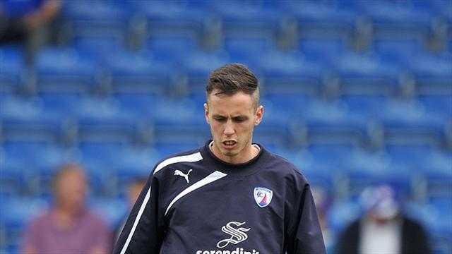 Football - Devitt extends Spireites deal
