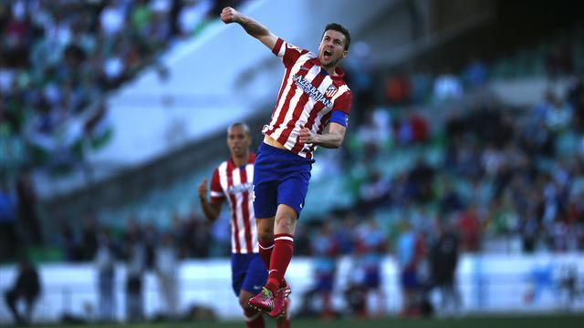 Liga - Atletico claim top spot ahead of Clasico with win over Betis