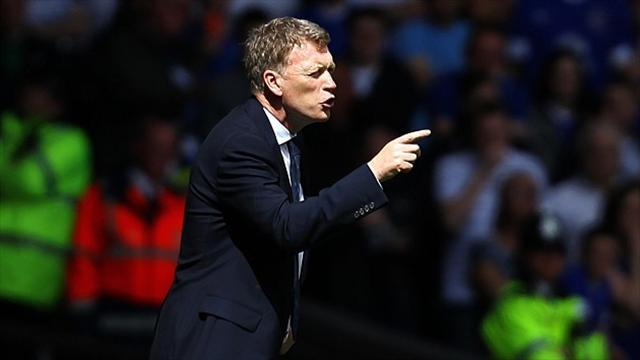 Football - Moyes fumes over disallowed goal
