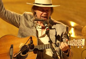 Neil Young in Paramount Classics' Neil Young: Heart of Gold