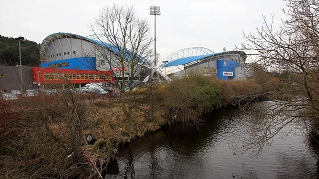 Football - Hull welcome police review