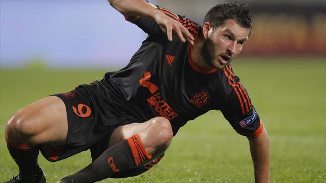 Ligue 1 - Marseille's Gignac out for six weeks with broken foot