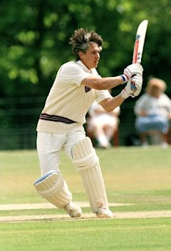 Sport. Cricket. pic: 4th July 1995. Charity Cricket Tournament at Althorp Park, Northampton. Former England footballer Gary Lineker, himself a keen cr...