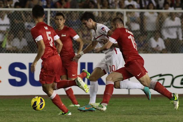 The Azkals bpw to Singapore, 1-0, in the second semifinal leg. (NPPA Images)