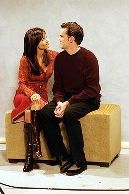 "Courteney Cox and Matthew Perry in ""The One With The Engagement Picture"" in NBC's Friends"