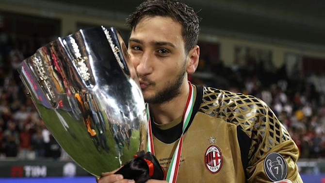 RUMOURS: Madrid and Man Utd race for Donnarumma