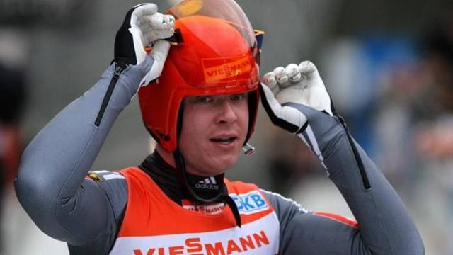 Luge - Loch finally gets World Cup defence underway with win