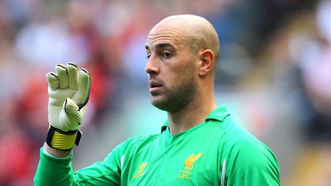 Premier League - Reina keen to end career in Spain