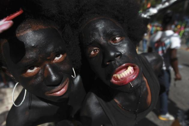 Performers with body paint participate in an event marking the closing of national carnival celebrations in the Malecon of Santo Domingo