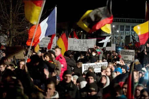 Demonstration der Pegida-Bewegung in Dresden