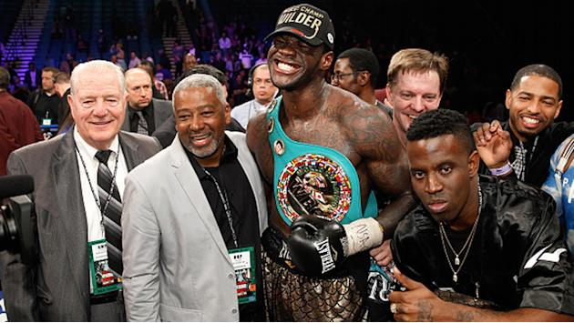 Time off gave heavyweight champ Deontay Wilder more love for boxing