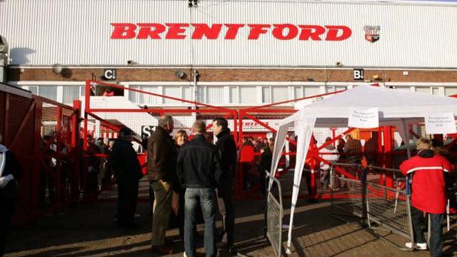 Brentford director leaves board