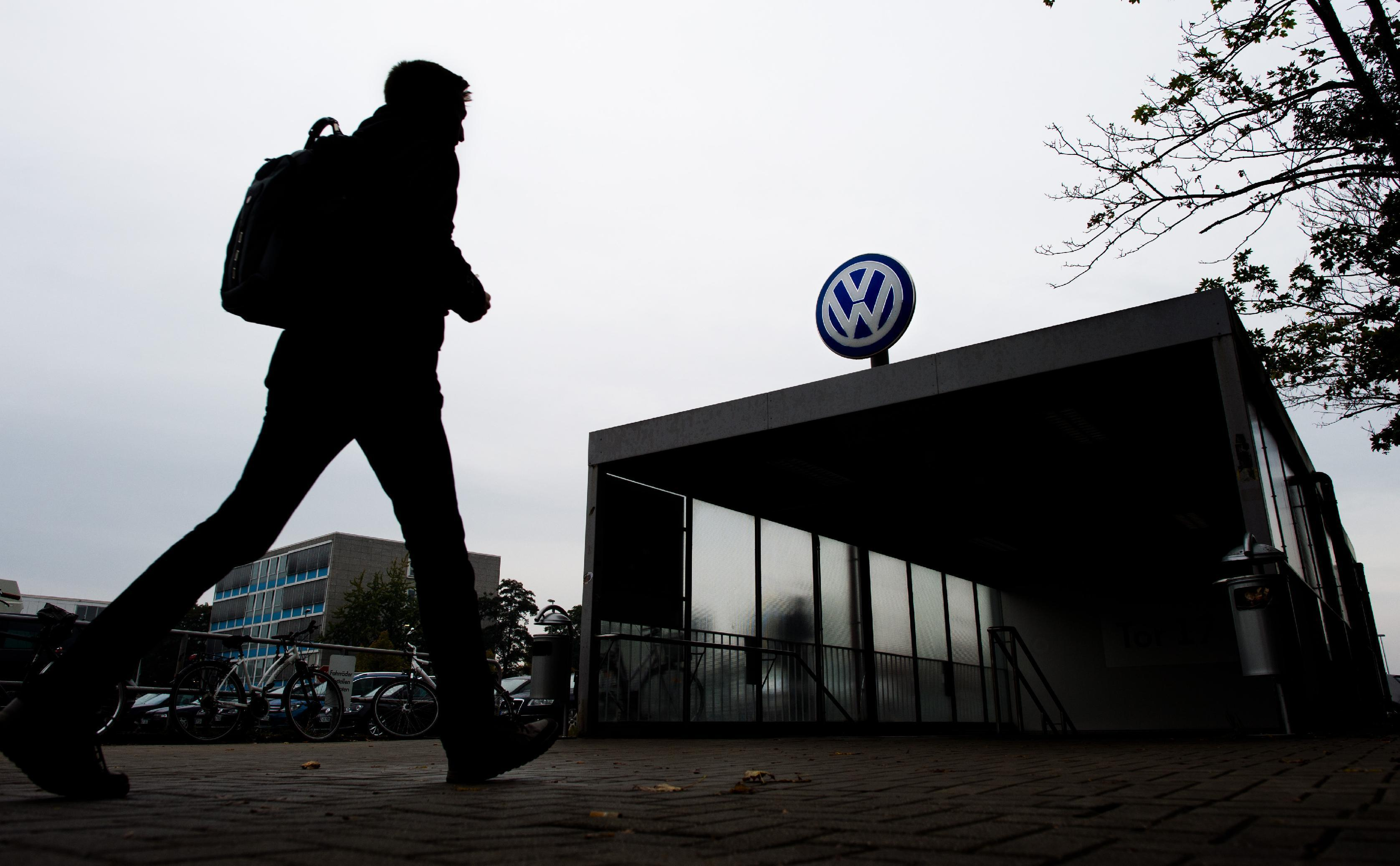 VW, with limited DC lobbying footprint, braces for Congress