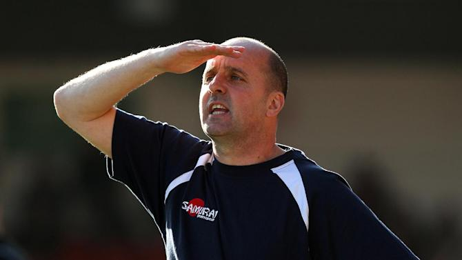 Chesterfield manager Paul Cook is eyeing up the npower League Two title