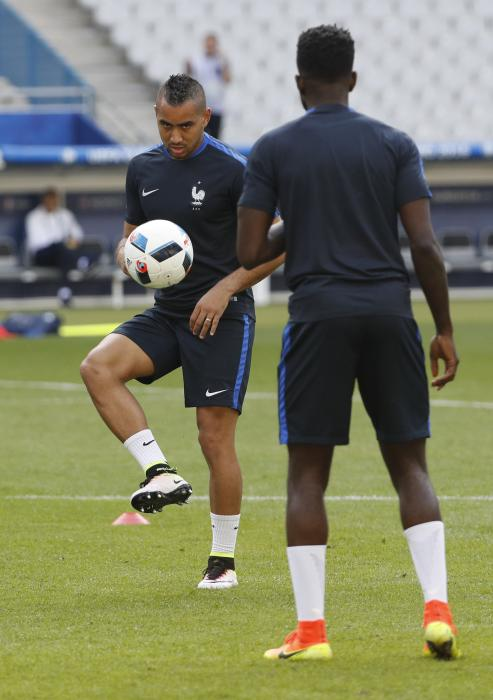 France's Dimitri Payet during training
