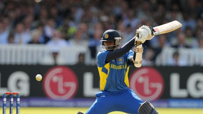 Sri Lanka's Angelo Mathews has shown stubborn resistance against New Zealand