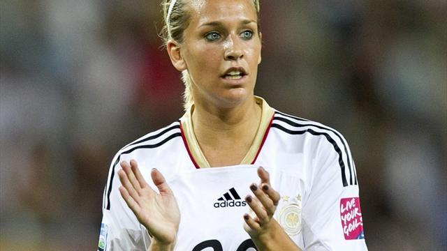 Women's Euro - Laudehr goal guides Germany past Italy and into semis