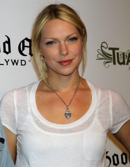 Laura Prepon (Alex) originally auditioned for the role of Piper.