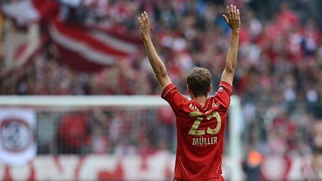 Muller refuses to rule out move away from Bayern