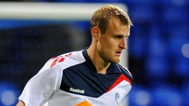 Championship - Wheater extends Bolton stay