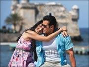 Katrina kisses Salman in 'Laapata' song from EK THA TIGER