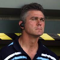 South Africa coach Heyneke Meyer has announced five changes to his starting XV