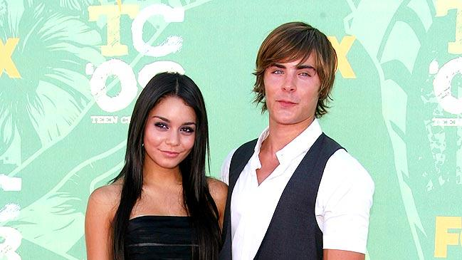 Hudgens Efron Teen Ch Aw