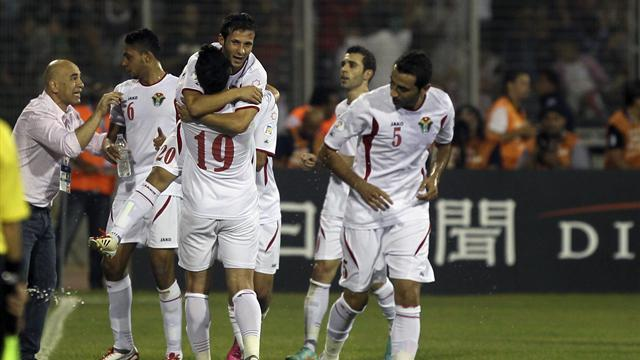 World Cup - Jordan win shootout to close in on World Cup spot