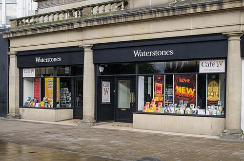 Kindle Paperwhites bought from Waterstones have permanent adverts as screensavers, customers complain. Waterstones, Amazon, Amazon Kindle Paperwhite, eBook readers 0