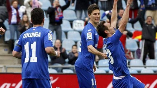 Liga - Getafe pick up Lisandro Lopez