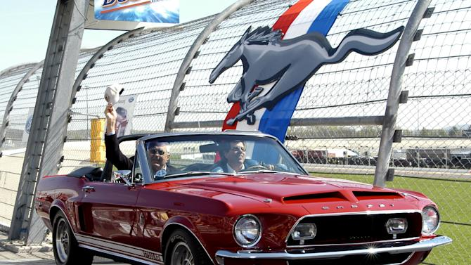 Carroll Shelby at the Mustang's 40th anniversary celebration in a 1968 Shelby GT500 KR.
